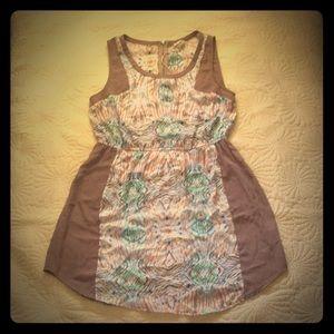 Sleeveless Lightweight Print Dress